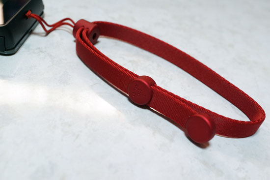 1625Adjustable_Strap_L_016.jpg